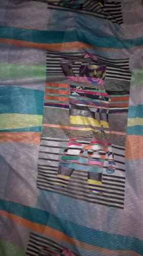 tissu jersey flamme gros motif  fille 80x80  cm
