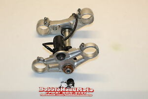 2007-Triumph-Daytona-675-Oem-Front-Forks-Clamp-Lower-Triple-Tree-Stem-E8