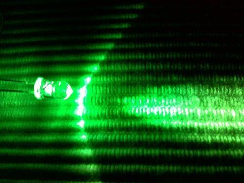 Knightsbridge 230 V IP44 2x8W DEL Double Spot Blanc Sécurité Lumière PIR x1