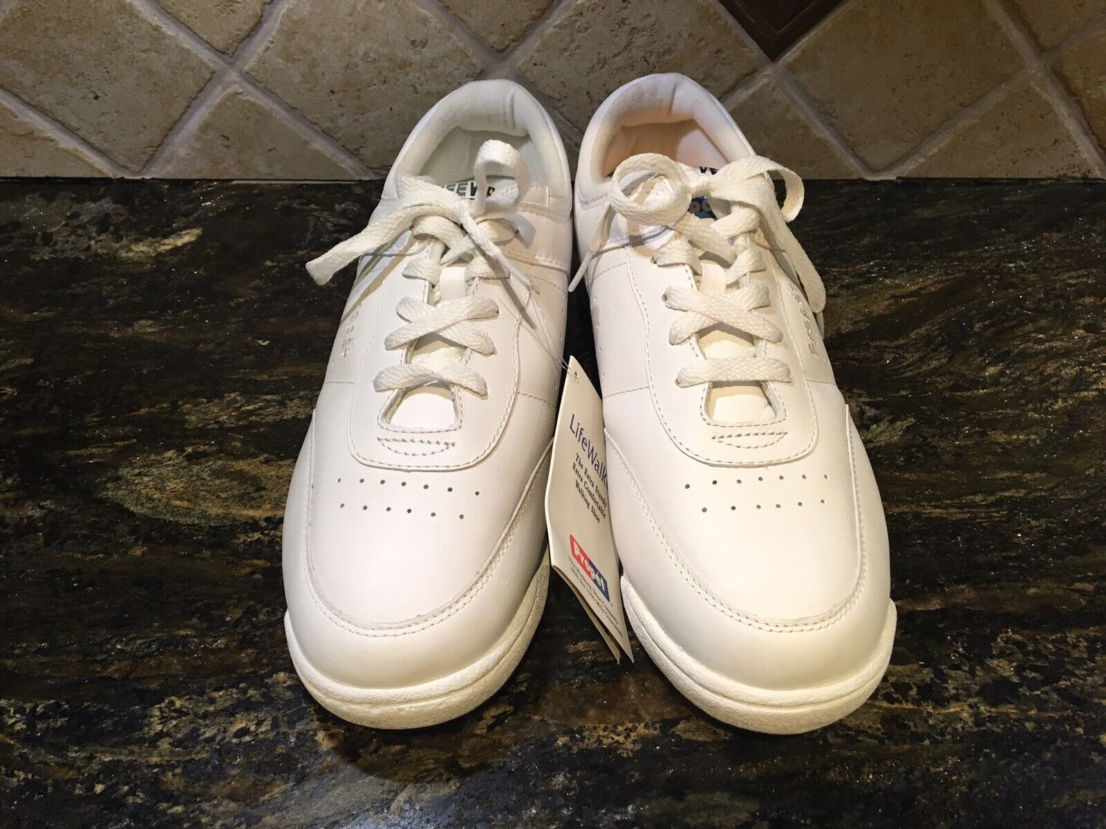 Propet Womens Walking Shoe (fun Walker