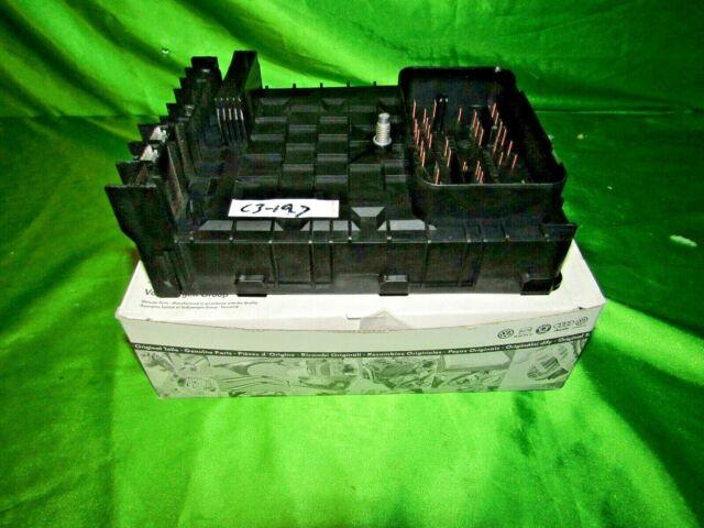 06 10 VW Eos Jetta Rabbit Tiguan Fuse Box OEM 1K0937125A ...