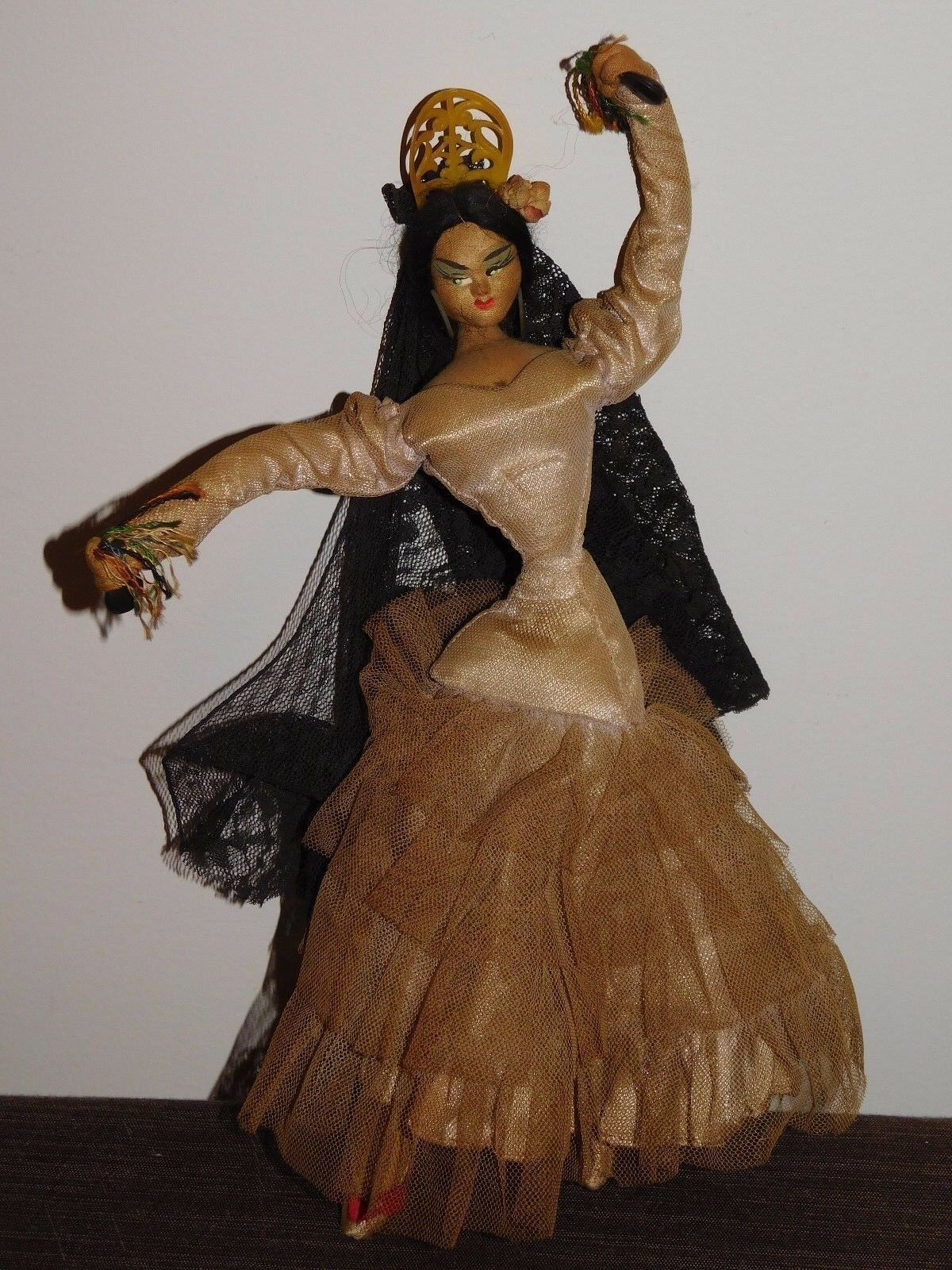 VINTAGE TOY 12  HIGH SPANISH FLAUomoCO DANCER DANCING GIRL LADY WOMAN DOLL