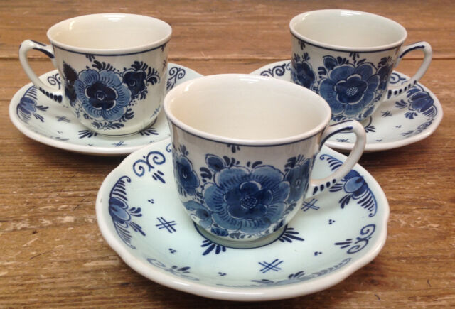 3 Cup Saucer Sets Royal Goedewaagen Blue Floral Delft Handwork Holland Dutch