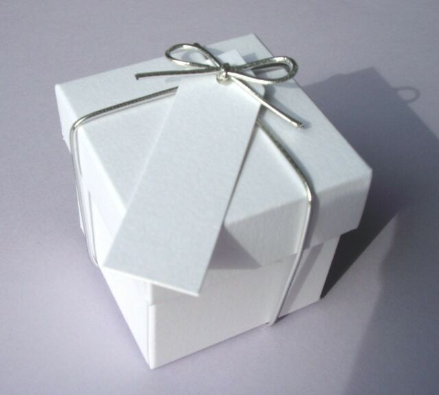 LISTING FOR 7258bur 200 BRILLIANT WHITE WEDDING FAVOUR BOXES WITH LID+FREE TAGS