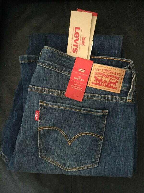 Ladies LEVIs Jeans Bootcut Size32! BRAND NEW!!