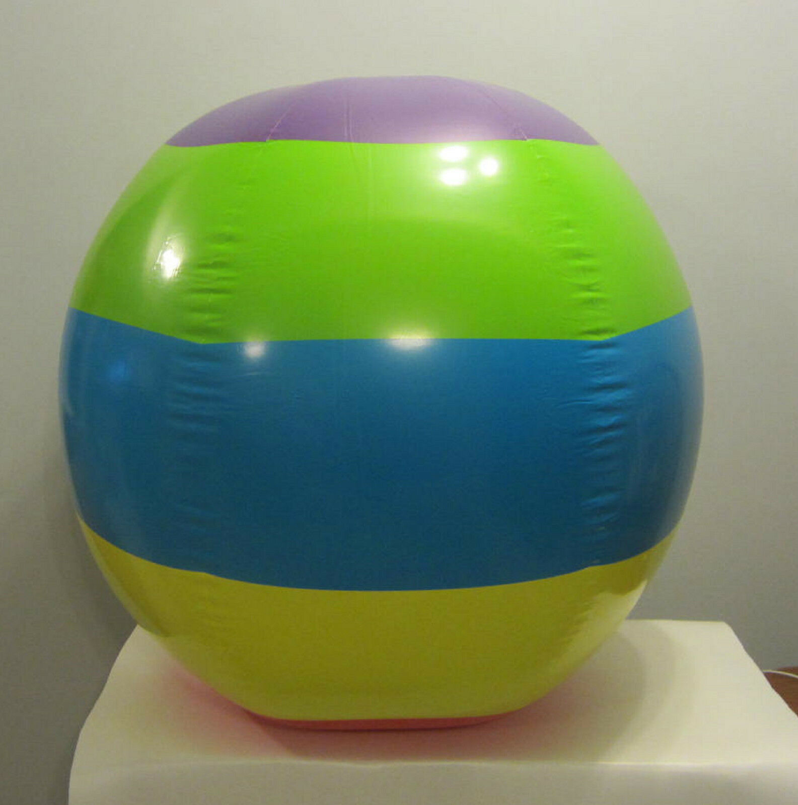 8 NEW JUMBO 48 48 48  INFLATABLE MULTI colorD GIANT BEACH BALLS POOL PARTY BEACHBALL 5dcfe2