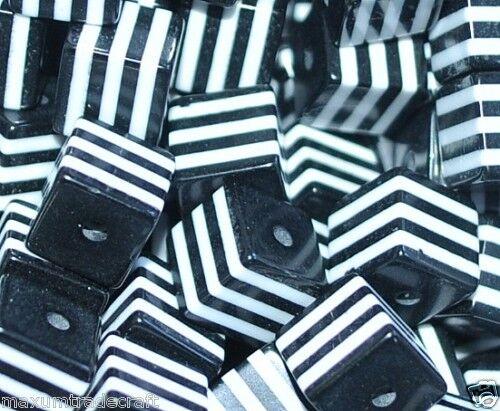 100pcs cube noir et blanc rayé résine perles 8 mm par 1st Classe