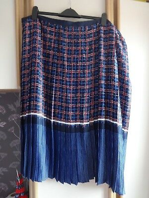 Good #y30 Size 22 Bnwt To Be Highly Praised And Appreciated By The Consuming Public Blue & Red Pleated Skirt From Premium Collection @ Tu