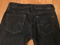DIESEL Larkee Relaxed Straight Leg Size 30/32 Mens Dark Wash Jeans Stretch 0088Z