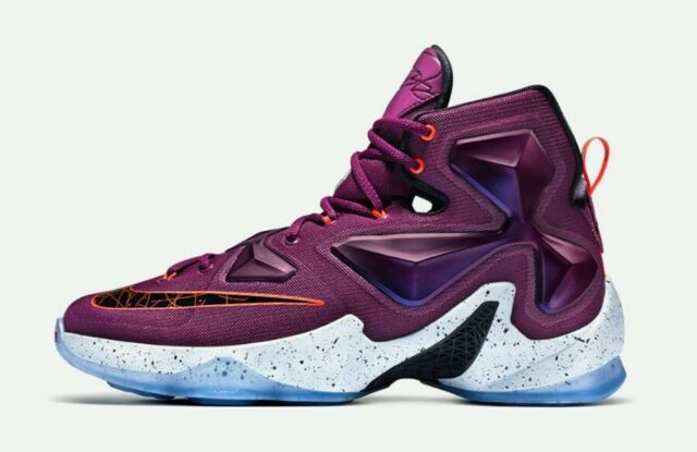 cheap for discount 2831d 3bb99 Nike LeBron 13 XIII Written In The Stars 807219-500 Man US 11.5 Purple NEW
