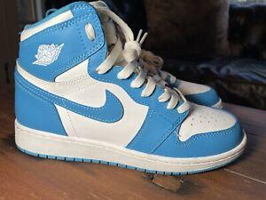 Details about Nike Air Jordan 1 2015 Retro High OG UNC Size 6.5Y 575441-117 Powder Blue White