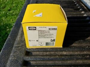 """HUBBELL SC3099A Floor Wall Box Aluminum Housing Pedestal 1/"""" Opening NIB"""