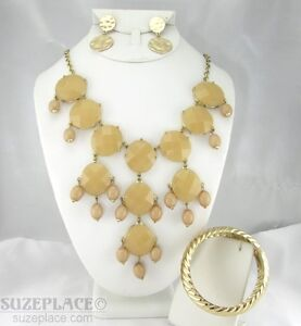 JEWELRY-SET-TAN-STATEMENT-NECKLACE-BANGLE-BRACELET-amp-EARRINGS-GOLD-TONE