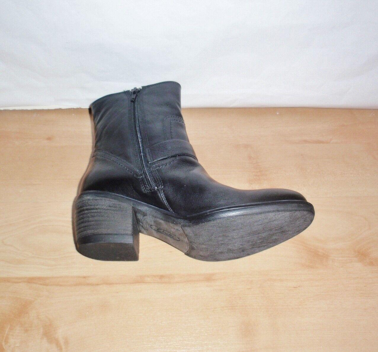 BNIB Clarks MASCAPONE CAFE Leder Damenss schwarz Leder CAFE Stiefel - various Größes c98876