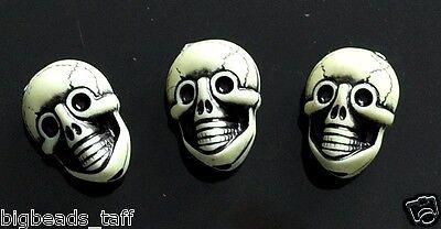 20 pcs acrylic gothic skull beads, 20 mm, creamy yellow-green buy 3 get 1 free