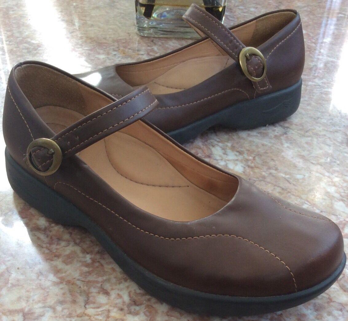 Dansko Women Mary Jane Brown Leather Comfort Clogs Sz 40 / US 10  641045780 EUC!