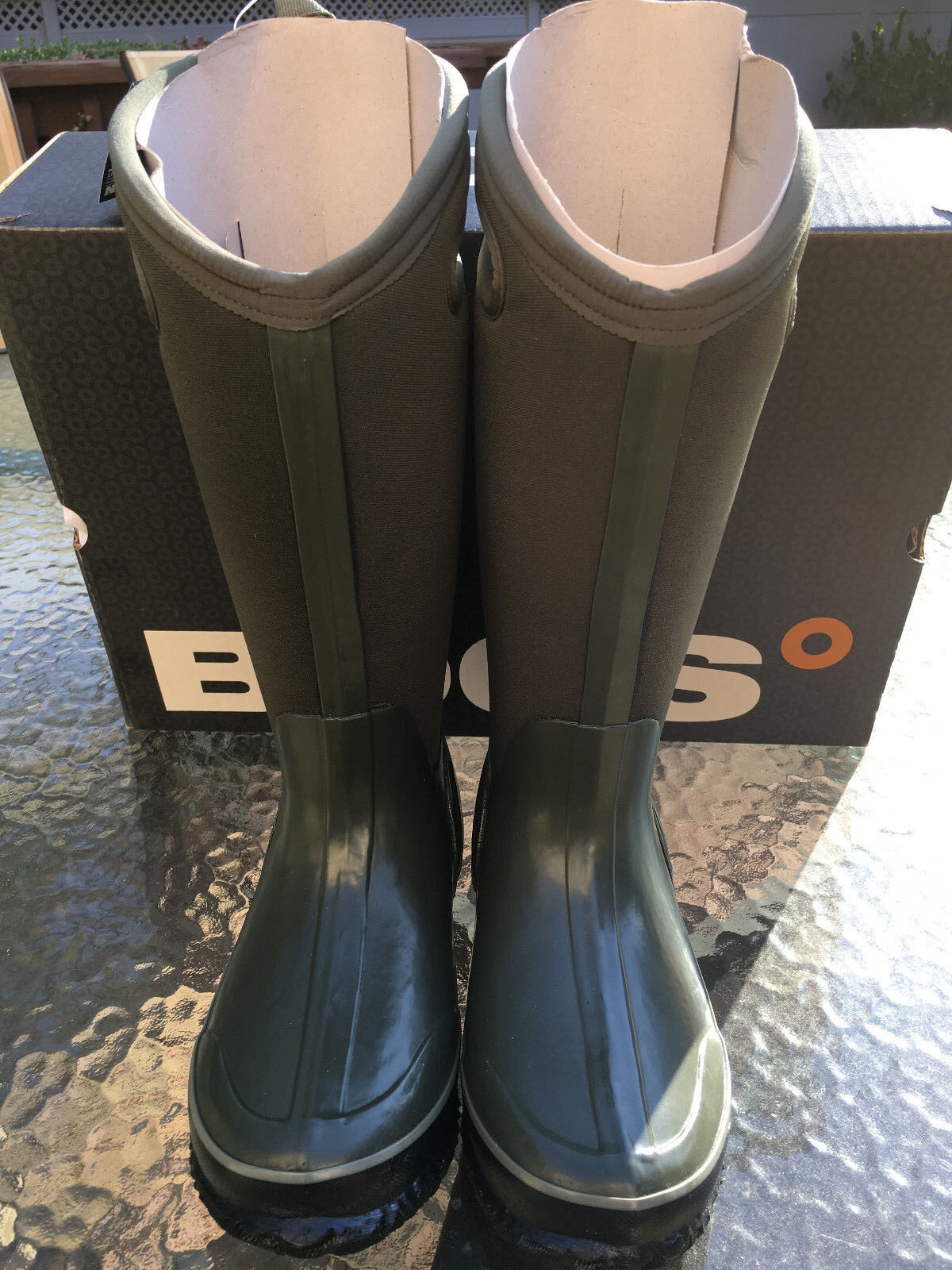 BOGS Classic High Handles Womens Insulated boots in Green Size-6US 37EUR