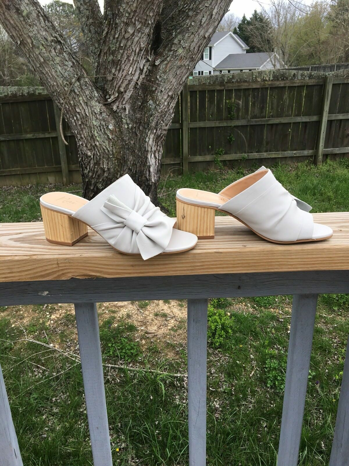 Nanette Lepore™ Rachel Side Bow Mule Tan Leder Größe Größe Leder 6 0c3ccf