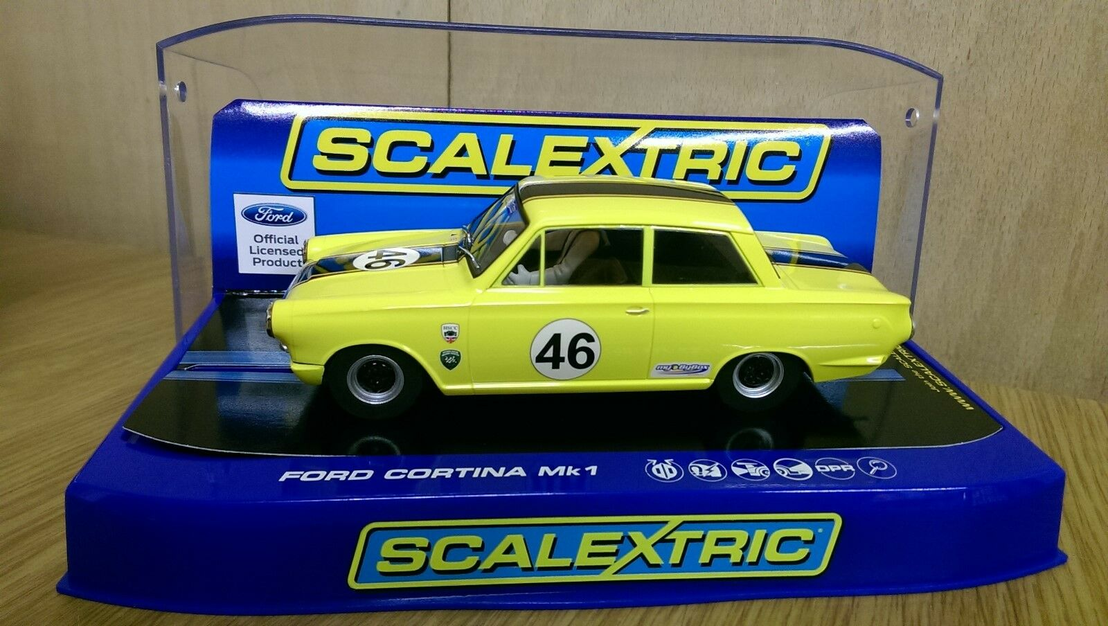 SCALEXTRIC C3502 Ford Cortina Mk1 Dan Cox 2012 HSCC ByBox HTCC Champion