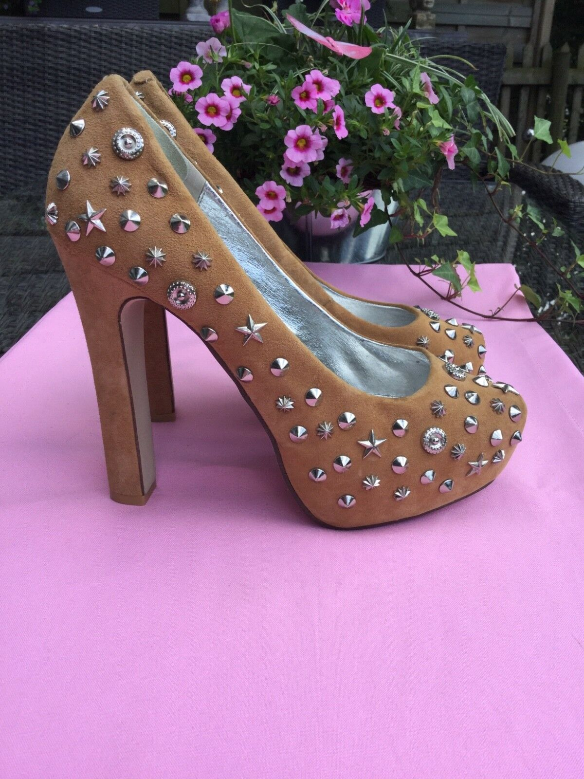 Jeffrey Campbell Pumps Highheels 39 � Nieten hellbraunes Wildleder Party � 39 12fab1
