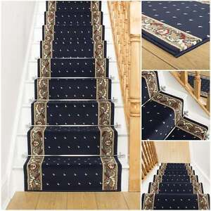 stecknadel punkte blau treppe teppich l ufer f r enger treppe modern qualit t ebay. Black Bedroom Furniture Sets. Home Design Ideas
