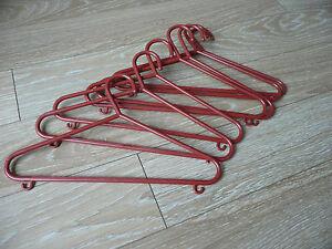 Coat Hangers  Kids  Red Plastic x 7 - <span itemprop='availableAtOrFrom'>Milton Keynes, Buckinghamshire, United Kingdom</span> - Coat Hangers  Kids  Red Plastic x 7 - Milton Keynes, Buckinghamshire, United Kingdom