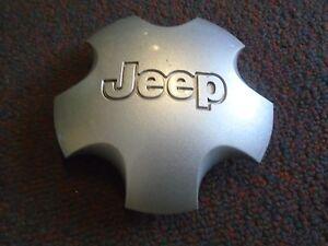 Jeep-Cherokee-Center-Cap-Hubcap-for-Aluminum-Wheel-Silver