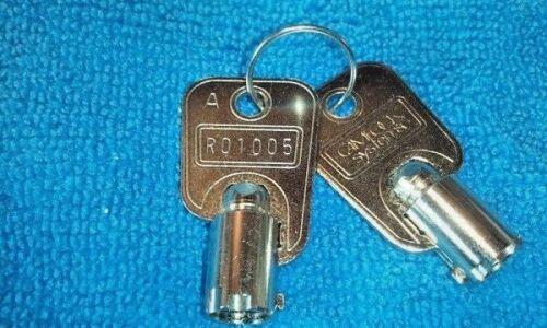 2 SLOT MACHINE CAMLOCK Keys Round Barrel # R01005    BALLY WMS IGT KONAMI ARCADE