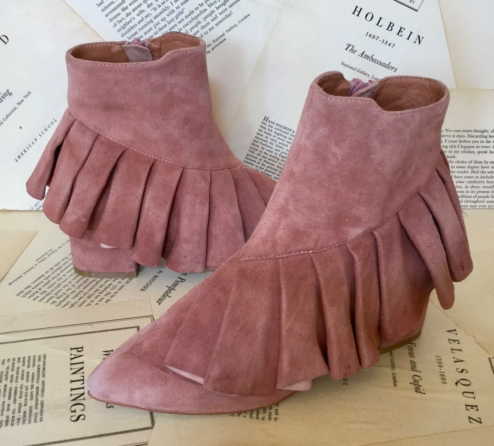 NEW Anthropologie Jeffrey Campbell muted pink Suede Ruffle Zipper Ankle Boot 7