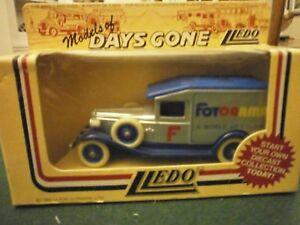 Lledo Days Gone 1936 Packard Town Van with Colmans Mustard decals