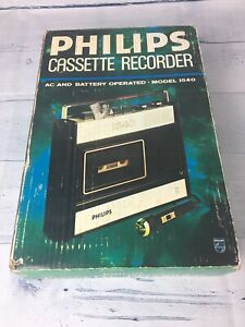 Vintage-Philips-Cassette-Tape-Player-Recorder-1540-mit-Mikrofon-amp-Handbuch-in-Box