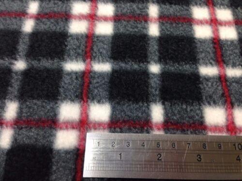 Black white /& Red Tartan Polar Fleece 100/% Polyester antipill by Fat 1//4 50x56cm
