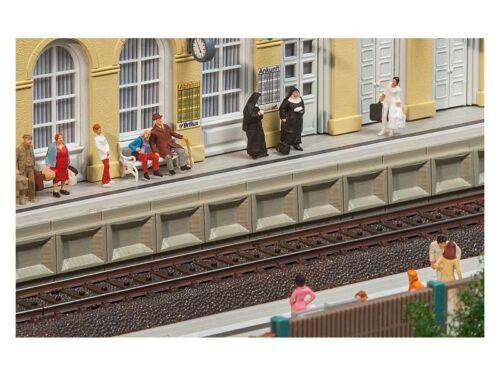 Faller 120100 H0 Moderner Bahnsteig für C-Gleis