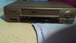 RCA FOUR HEAD VIDEO SYSTEM VCR PLUS COMMERCIAL& MOVIE ADVANCE VCR VR552