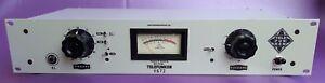 Telefunken-V672-Vintage-Preamp-with-DI-compared-to-Original-Neve-1073