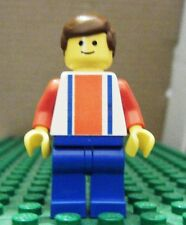LEGO MINIFIGURE – SPORTS – SOCCER – RED & BLUE TEAM #10 – GENTLY USED