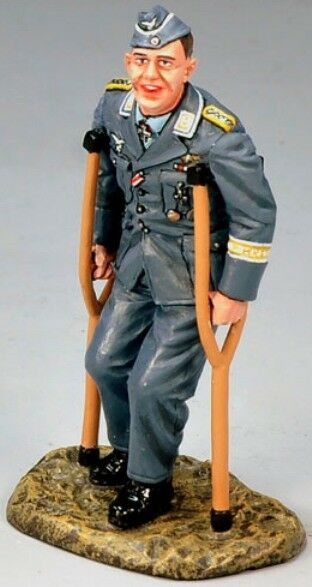 KING & COUNTRY LUFTWAFFE LW030 WW2 GERMAN ACE LT. JOSEF SEPP WURMHELLER MIB