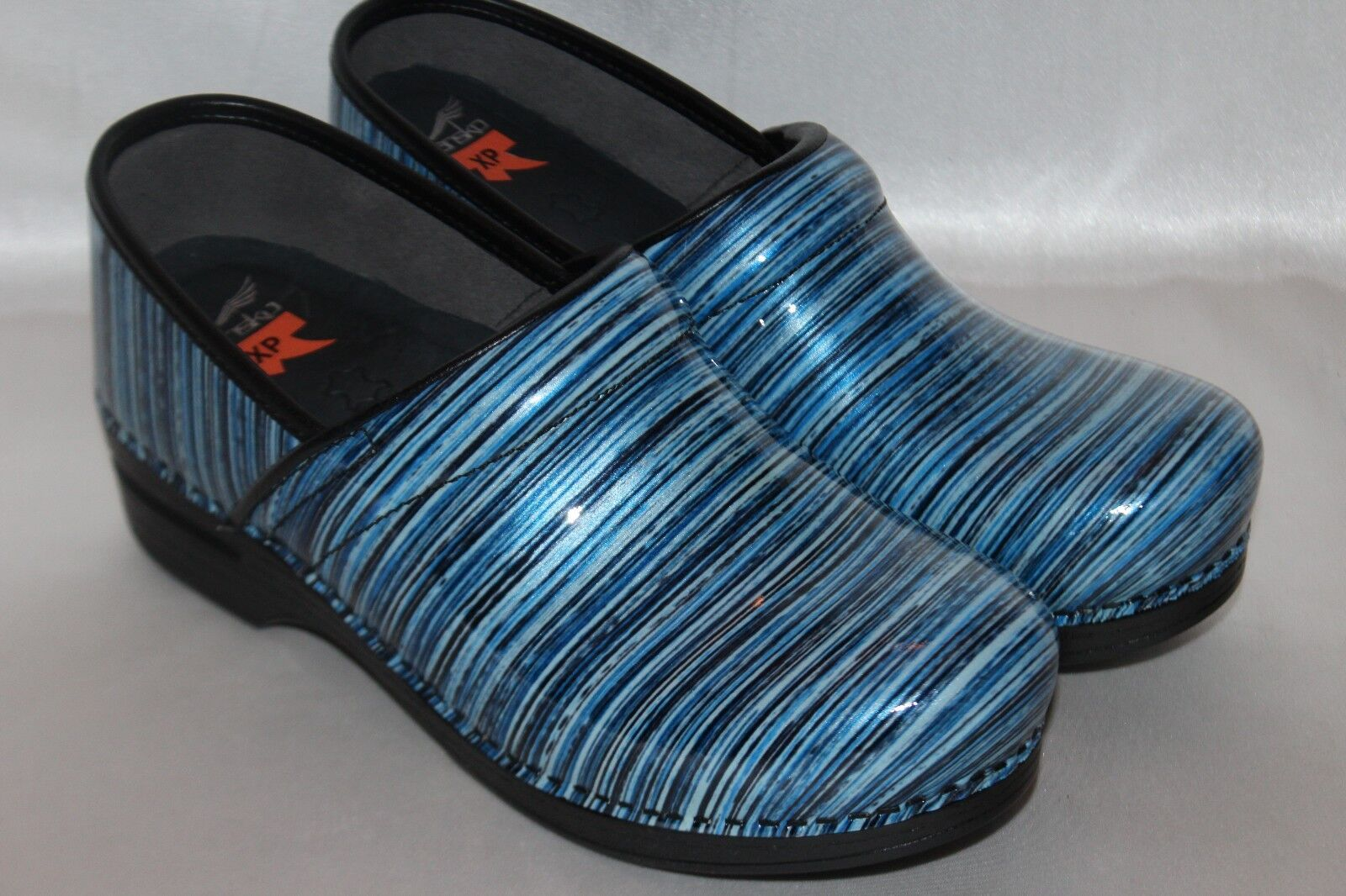 DANSKO PRO XP Blue Stripe Patent Leather Slip On Comfort Clogs Shoes EU41 US 11