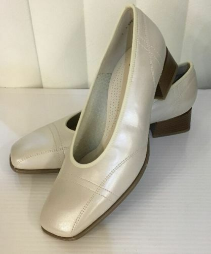 Jenny By Ara Perlato White Off Pearl Leather Heel Classic Pump Size 7 9 9.5 Wide