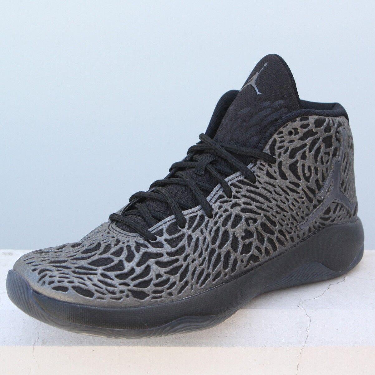 834268-010 Jordan Men  Jordan Ultra.Fly Basketball  black hematite grey