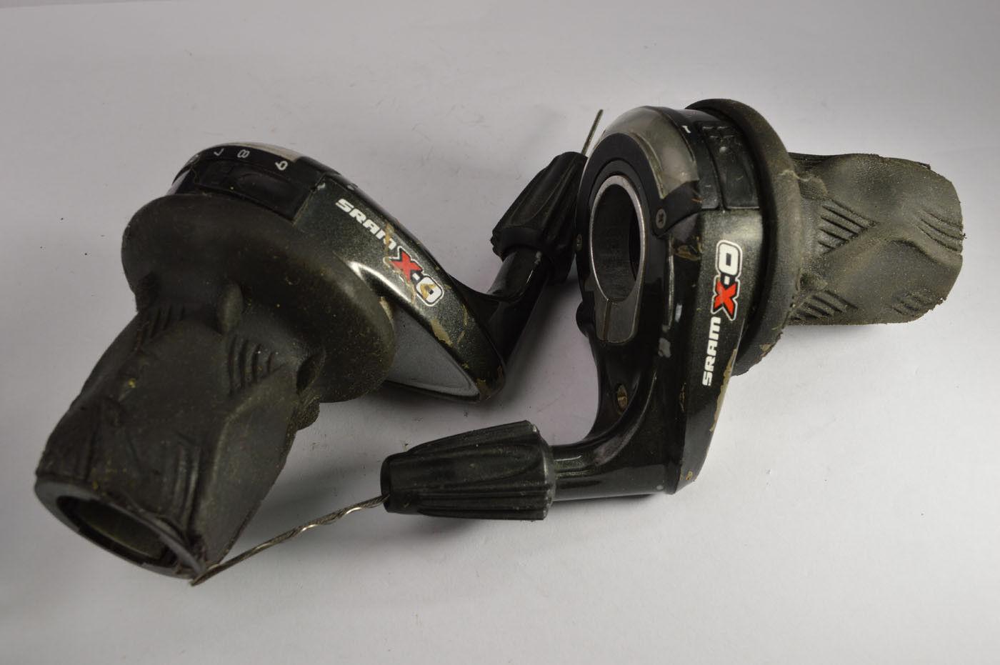 Rotary grip shifters SRAM X.0 ( 907-90  ) 9-3 MTB TREKKING 170 g