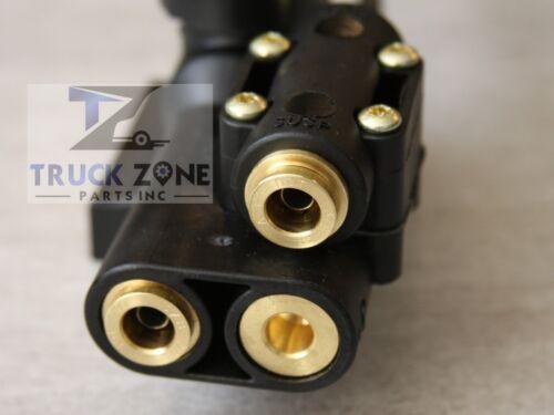 Suspension 85124912 Made in USA Chicago IL Volvo VNL Level Valve