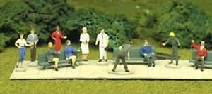 ATLAS-793-HO-Scale-24-UNPAINTED-Plastic-Figures-Model-Railroad-People-FREE-SHIP