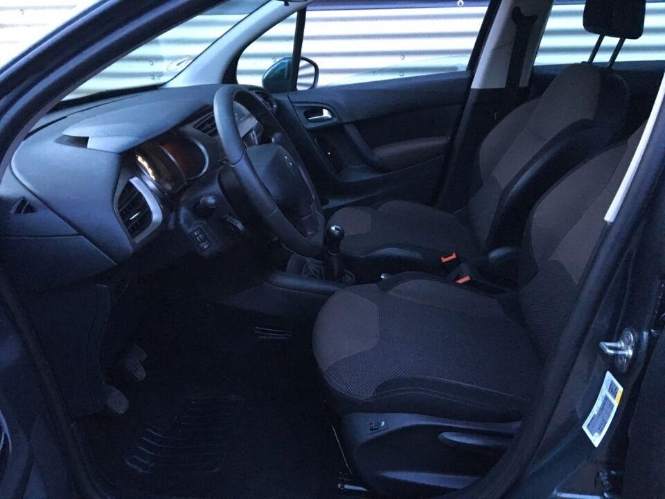 Citroën C3 1,0 PT 68 Attraction Benzin modelår 2015 km