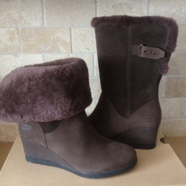 b223342e709 UGG Edelina Grizzly Brown Waterproof Suede Cuff Wedge Short Boots Size 9.5  Women