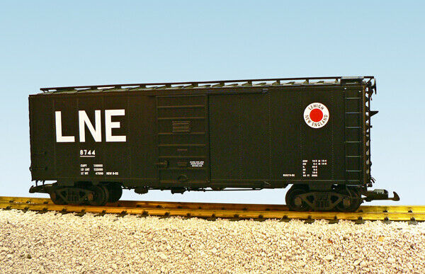 USA Trains G Scale 6 ft. Panel Door PS1 Box Car R19237A Lehigh New England - Blk