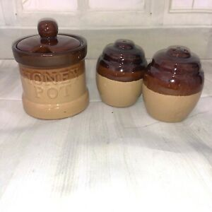 Brown-drip-glaze-retro-Vintage-Pottery-Honey-pot-and-salt-and-pepper-shaker-set
