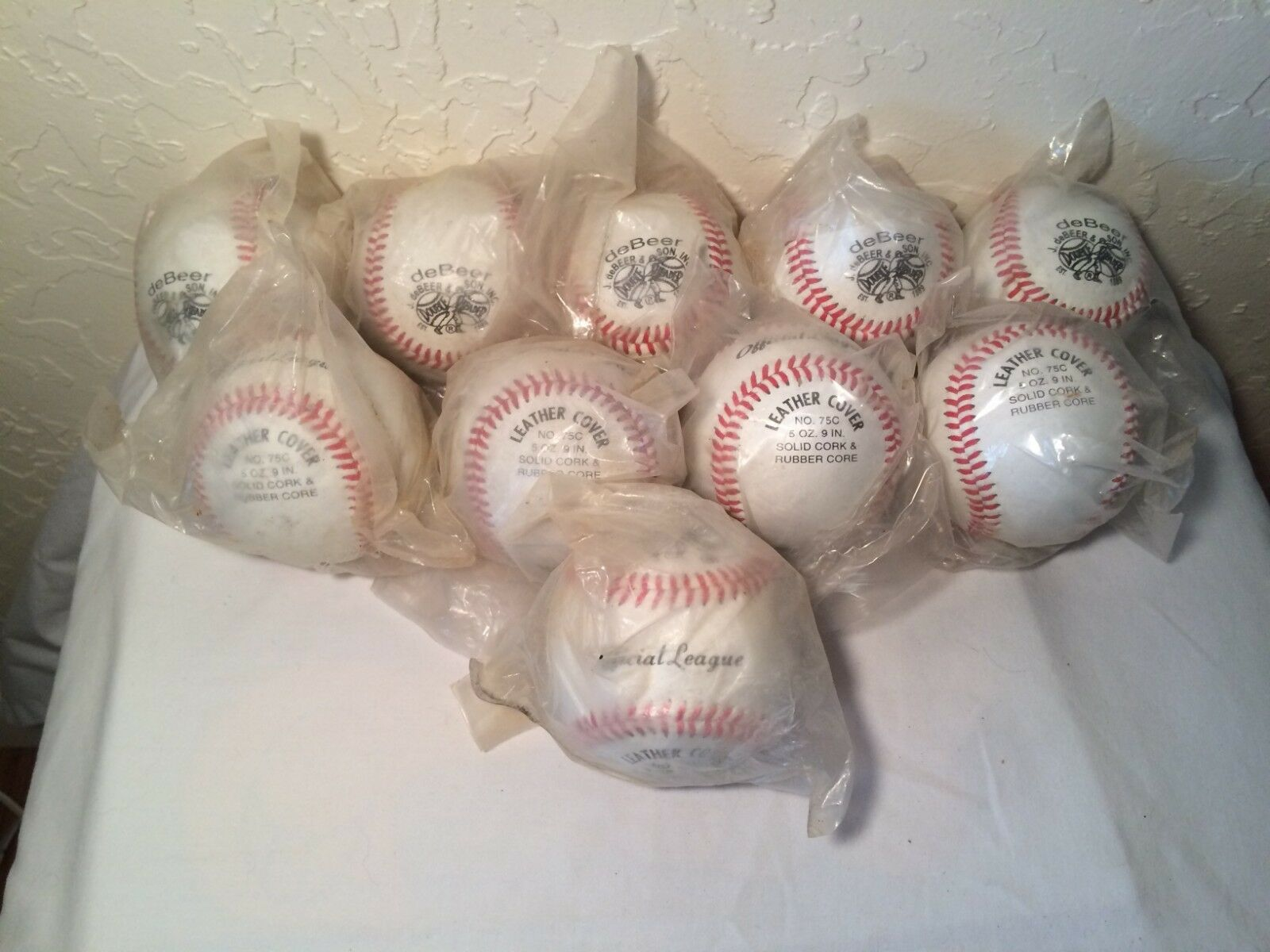 5bc0e4677 10 New Debeer   Double Header Lot Official League 75c Baseball Balls ...
