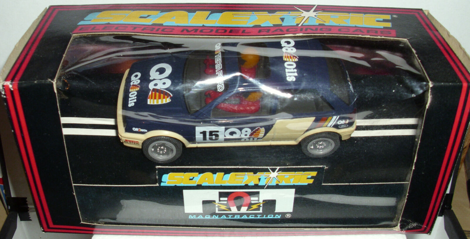 Scalextric C381 Ford Fiesta XR2i - Q8 Oil bluee Beige Very Rare - Brand New