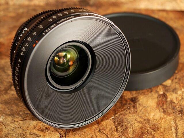 Zeiss 28mm T2.1 Distagon T* CP.2 Compact Prime Nikon Mount (Metric Scale) Lens